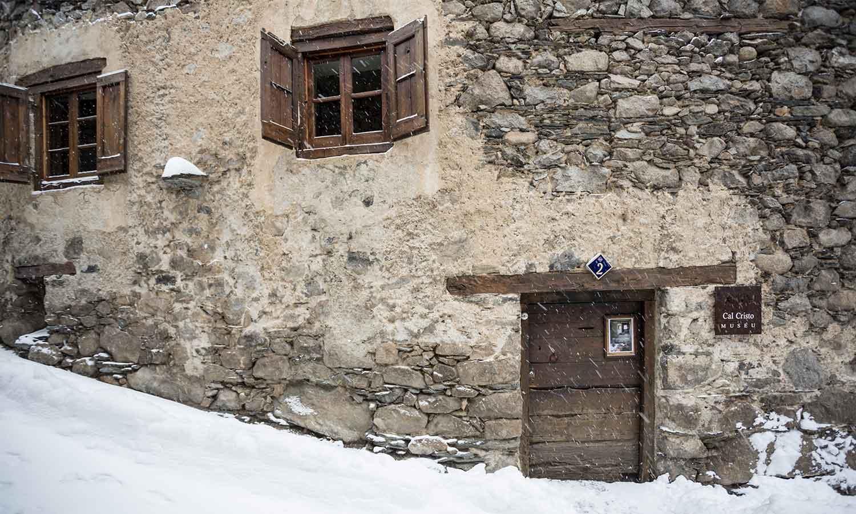Hermitage Mountain Residences entorn cultural Andorra Casa Cristo Encamp Museu