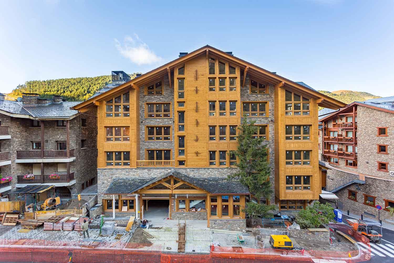 Hébergement de luxe à AndorreHermitage Mountain Residences   Progrès des travaux d'octobre 2017
