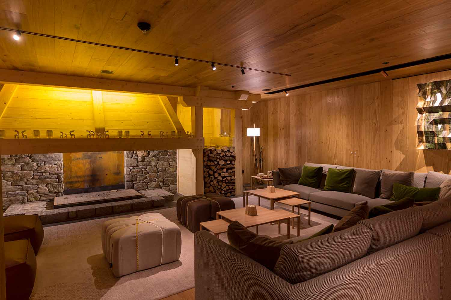 Hermitage Mountain Residences Luxury holiday at the foot of Grandvalira slopes with Spa...